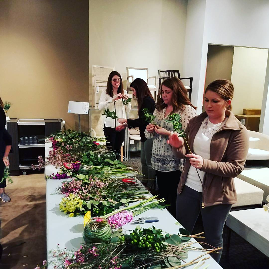Floral Arranging Workshop - Spring in St. Louis