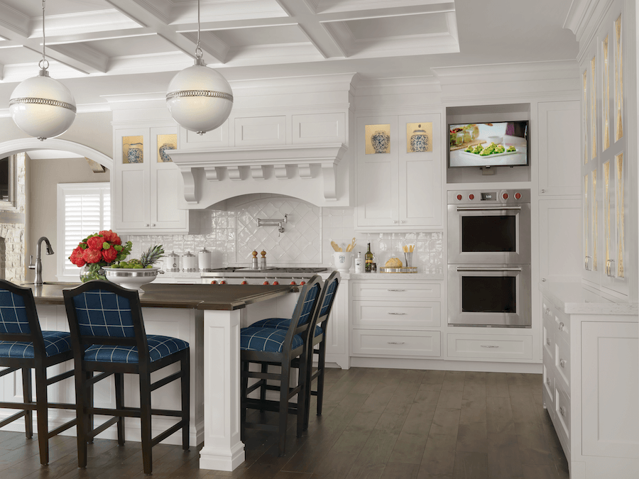 A Fresh Take On The White Kitchen And Bath Interior Design Center Of St Louis Mo Interior